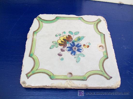 AZULEJO DE LA FLOR. ALCORA (Antigüedades - Porcelanas y Cerámicas - Alcora)