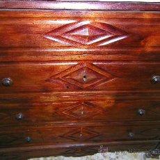 Antigüedades: COMODA CATALANA NOGAL. Lote 21011827