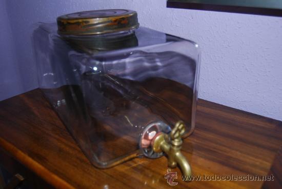 Frasca de cristal prensado con grifo recipien comprar - Grifos de cristal ...