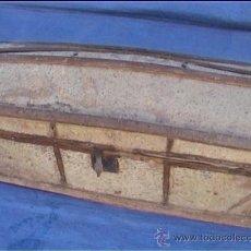 Antigüedades: BAUL PIEL VACA AJUAR MONJAS SANTA MARIA DE CASBAS SXIX. Lote 21156627