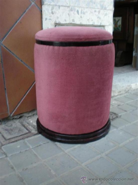 TABURETE EN TERCIOPELO ROSA (Antigüedades - Muebles Antiguos - Sillas Antiguas)