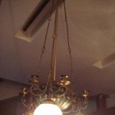 Antigüedades: LAMPARA ANTIGUA - PORCELANA DECORADA ,CRISTAL Y BRONCE. Lote 26542922
