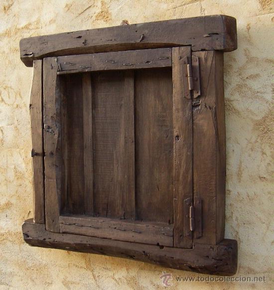 Ventana castellana de madera antigua con reja vendido en for Fotos de puertas de madera antiguas