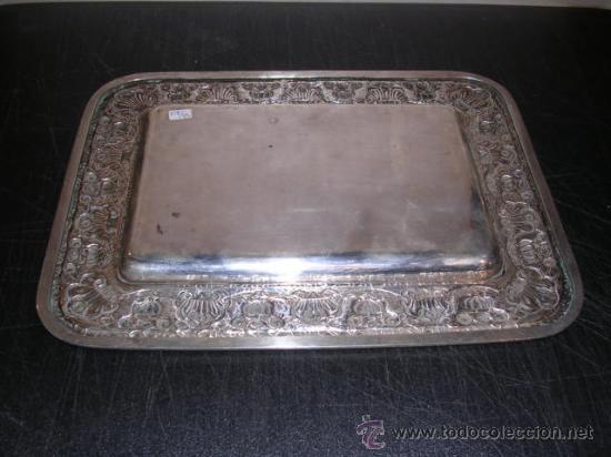 Antigüedades: BANDEJA REPUJADA DE PLATA DE LEY 916 CON PUNZONES,24X18,5 CM.VER FOTOS - Foto 3 - 27641416