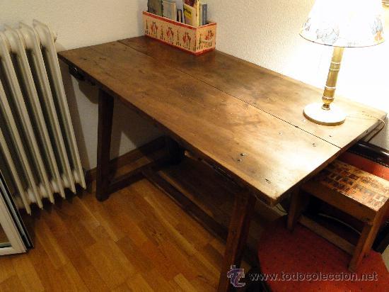 Antigüedades: Mesa de nogal antigua, limpia y encerada. - Foto 2 - 89695572