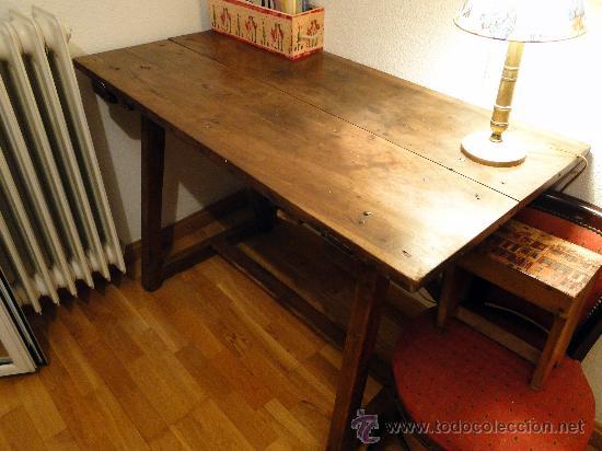Antigüedades: Mesa de nogal antigua, limpia y encerada. - Foto 4 - 89695572