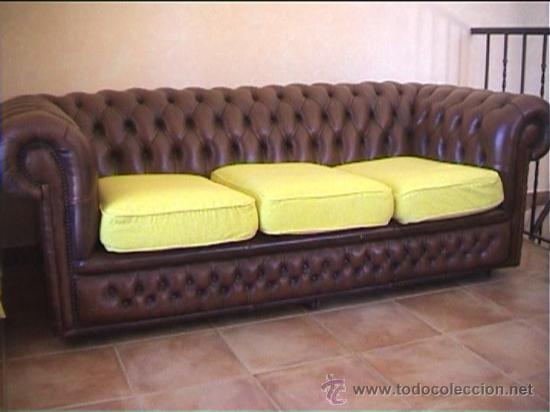 Sofa piel marron chesterfield tres plazas chest comprar for Sofas antiguos