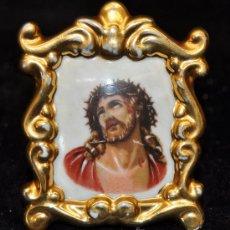 Antigüedades: ANTIGUO MEDALLON DE PORCELANA FRANCESA DE LIMOGE. REPRESENTANDO A ECCE HOMO.. Lote 76609446