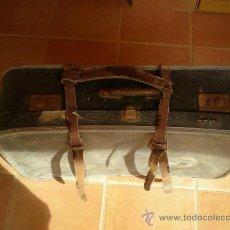 Antigüedades: MALETA DE VIAJE. AÑOS 70. Lote 22071737
