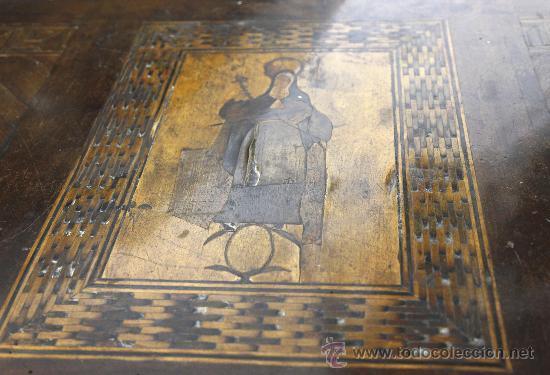 Antigüedades: Pareja de extraordinarias cómodas Carlos IV siglo XVIII. Con ricas marqueterias, - Foto 14 - 22099419
