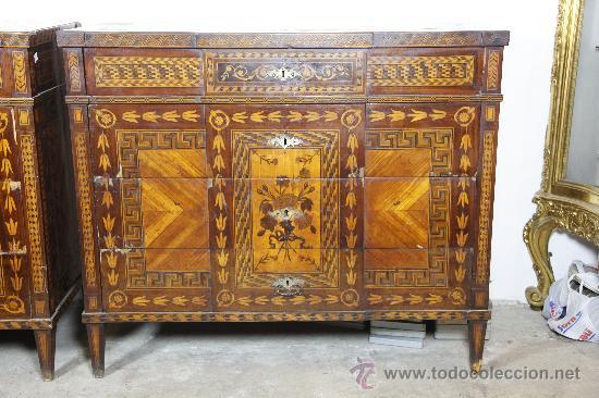 Antigüedades: Pareja de extraordinarias cómodas Carlos IV siglo XVIII. Con ricas marqueterias, - Foto 6 - 22099419