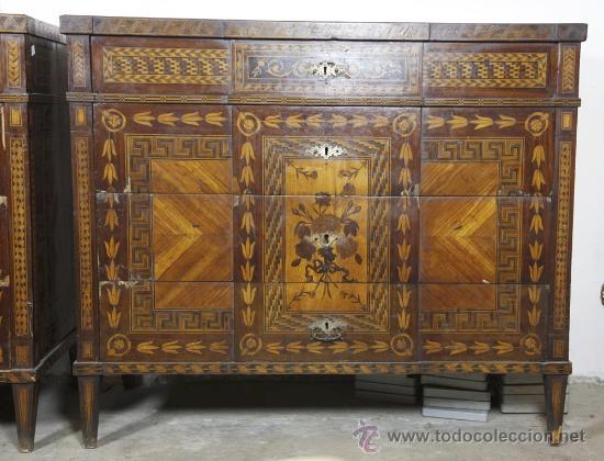Antigüedades: Pareja de extraordinarias cómodas Carlos IV siglo XVIII. Con ricas marqueterias, - Foto 5 - 22099419