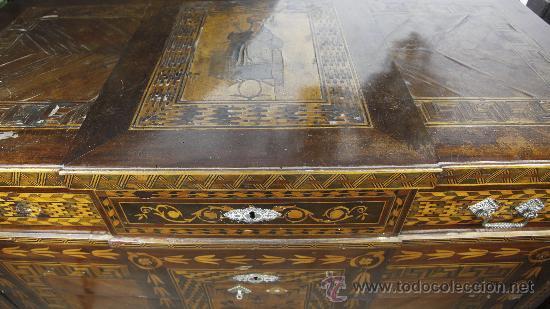 Antigüedades: Pareja de extraordinarias cómodas Carlos IV siglo XVIII. Con ricas marqueterias, - Foto 15 - 22099419