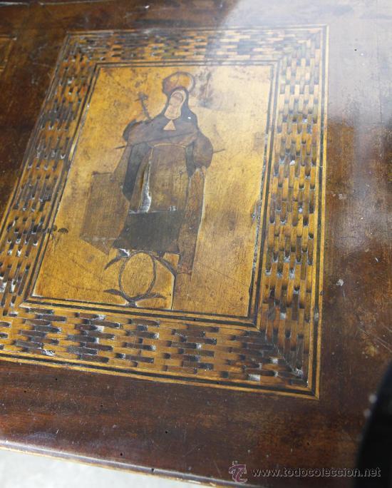 Antigüedades: Pareja de extraordinarias cómodas Carlos IV siglo XVIII. Con ricas marqueterias, - Foto 3 - 22099419
