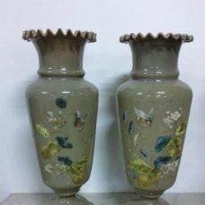 Antigüedades: PAREJA DE FLOREROS EN CRISTAL DE OPALINA SOPLADO.. Lote 26271608