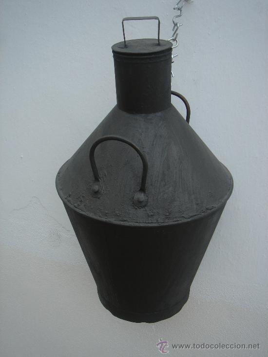 TINAJA O CÁNTARO EN LATÓN PARA ACEITE. 63 CMS DE ALTURA. (Antigüedades - Técnicas - Rústicas - Utensilios del Hogar)