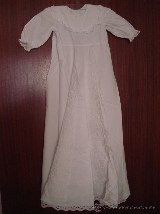 BATON - ROPA BEBE - ALGODON BLANCO - BORDADOS - PUNTILLAS (Antigüedades - Moda y Complementos - Infantil)