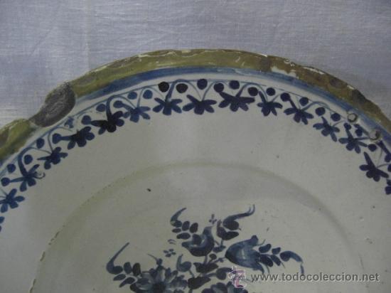 Antigüedades: Plato Catalán con flores. Siglo XVIII. - Foto 2 - 26651981