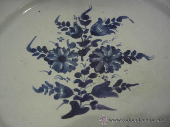 Antigüedades: Plato Catalán con flores. Siglo XVIII. - Foto 15 - 26651981