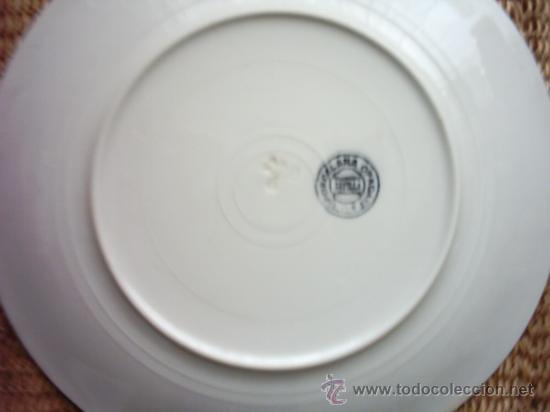 Antigüedades: VAJILLA DE SAN JUAN. 15 PIEZAS DECORADAS CON GEOMETRIAS EN AZUL. FILOS DE ORO. SIGLO XIX. - Foto 4 - 27083691