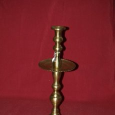 Antigüedades: CANDELERO BRONCE. ESPAÑA. S. XVIII. Lote 22838463
