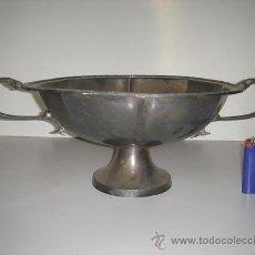Antigüedades: FRUTERO DE LATÓN MUY BONITO PLATEADO. Lote 27372754