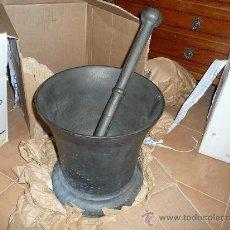 Antigüedades: MORTERO DE HIERRO FUNDIDO. Lote 23067990