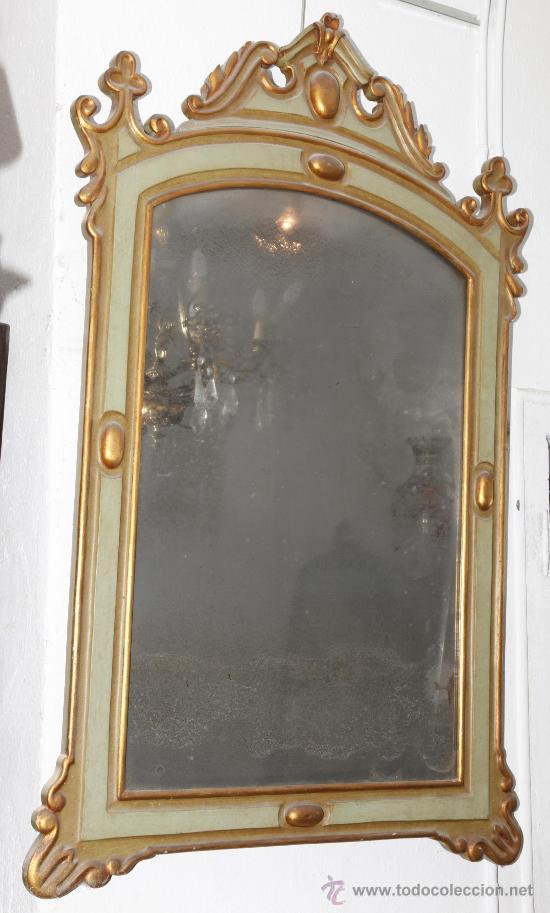 Antigüedades: Espejo isabelino de caoba pintado de verde y purpurina. 135 cm alto x 86 cm ancho. - Foto 4 - 24370848