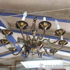 Antigüedades: BONITA LÁMPARA EN BRONCE PAVONADO DE 10 BRAZOS.. Lote 26280787
