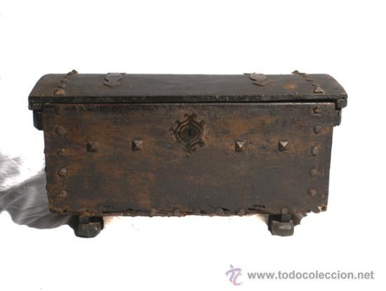 COFRE NOVIA (Antigüedades - Muebles - Cómodas Antiguas)
