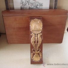 Antigüedades: ANTIGUA REPISA -MESILLA PARA COLGAR , CON CAJÓN. Lote 26999602
