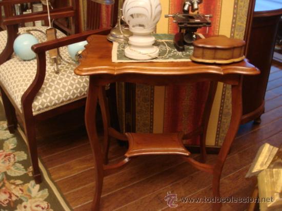 Antigua mesa auxiliar inglesa en madera de caob comprar - Mesas auxiliares antiguas ...