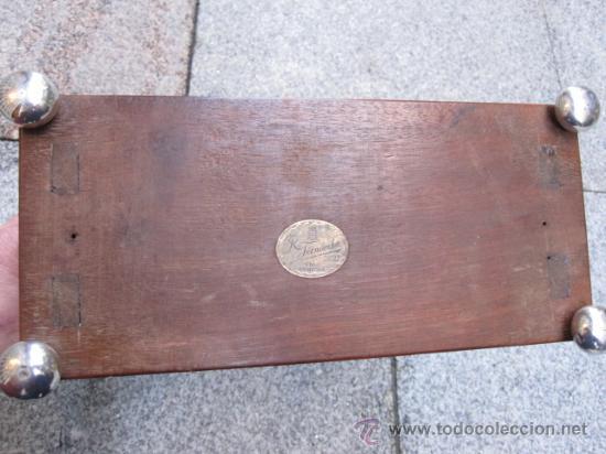Antigüedades: ANTIGUO ARMARIO PORTATIL CON LLAVE - EN CAOBA Y HERRAJES PLATA 916 PARA LICORERAS BOTELLAS LICOR - Foto 3 - 23740844