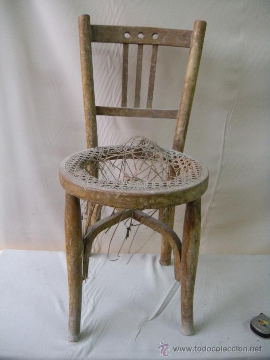 Peque a silla antigua comprar sillas antiguas en for Sillas antiguas segunda mano
