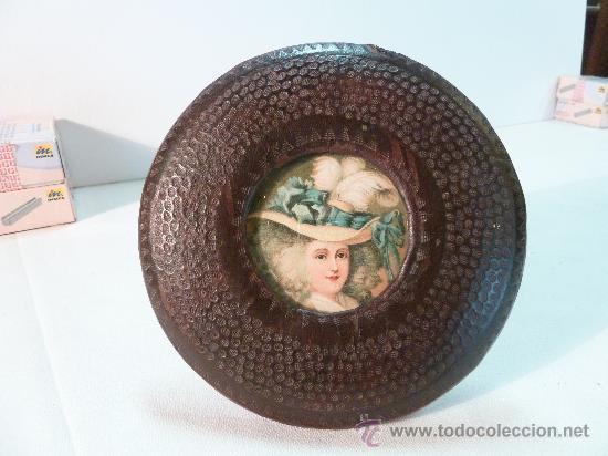 PORTARRETRATOS DE PIEL (Antigüedades - Hogar y Decoración - Portafotos Antiguos)