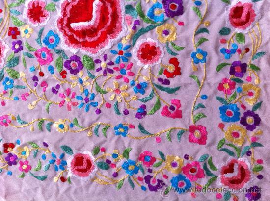 Antigüedades: Espectacular manton de Manila en seda bordada. - Foto 5 - 24003219