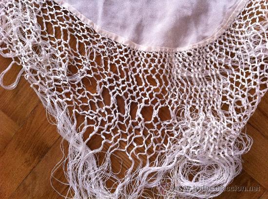 Antigüedades: Espectacular manton de Manila en seda bordada. - Foto 2 - 24003219