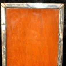 Antigüedades: MARCO EN PLATA CON CONTRASTE.. Lote 24232362