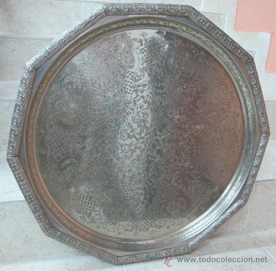 GRAN BANDEJA PLATEADA (Antigüedades - Hogar y Decoración - Bandejas Antiguas)