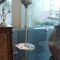Antigüedades: LAMPARA MESA ANTIGUA EN BRONCE Y MARMOL RESTAURADA Y ELECTRIFICADA. Lote 26769661