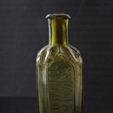 Antigüedades: BOTELLA DE VIDRIO DE FARMACIA PANACEA VEGETAL DEL DR.BACH, BARCELONA S.XIX. Lote 24913285