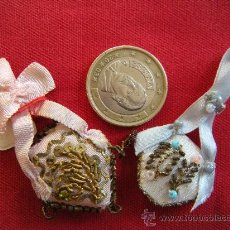 Antigüedades: 2 ANTIGUOS ESCAPULARIOS DE RECIEN NACIDO. ESCAPULARIO.. Lote 24672842