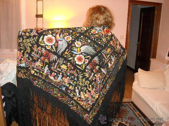 Antigüedades: manton de manila, bordado a mano - Foto 2 - 24719614
