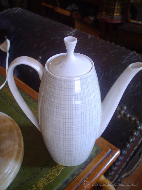 CAFETERA DE PORCELANA (Antigüedades - Porcelanas y Cerámicas - Otras)