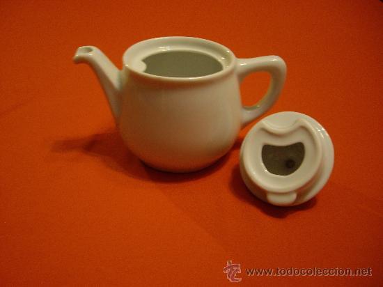 Antigüedades: CAFETERA DE PORCELANA BLANCA - Foto 3 - 26300161