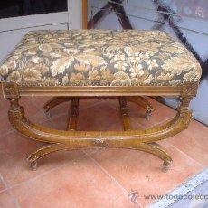 Antigüedades: BANQUETA CLÁSICA. Lote 26406113