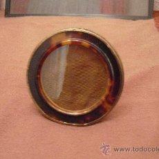 Antigüedades: ANTIGUO MARCO DE PLATA Y CAREY. Lote 26330571