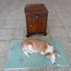 Antigüedades: MESILLA DE NOCHE. ART DECO. Lote 24978155