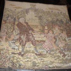 Antigüedades: ANTIGUO TAPIZ 49 X49 CM . ESCENA COSTUMBRISTA. JUEGOS INFANTILES.. Lote 26471886