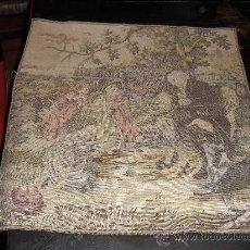 Antigüedades: ANTIGUO TAPIZ 49 X49 CM . ESCENA COSTUMBRISTA. JUEGOS INFANTILES.. Lote 26441818